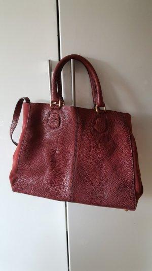 rote Ledertasche von Zara
