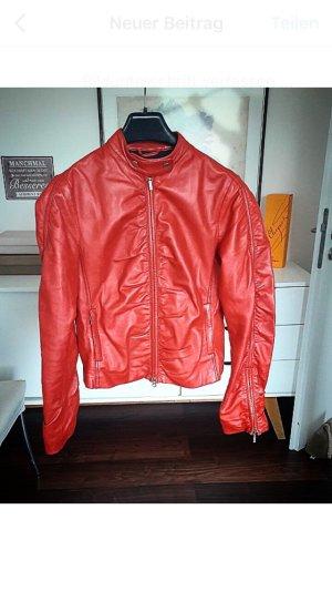 Rote neuwertige Lederjacke von Gipsy