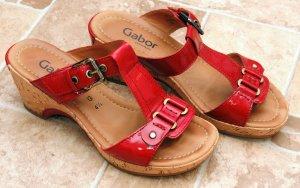 Rote Pantoletten von Gabor