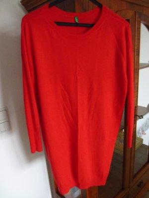 *** Rote Pullover von Benetton ***
