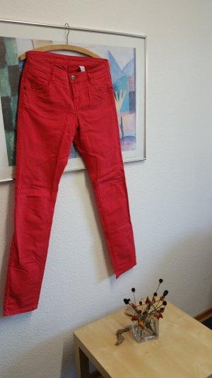 Rote Slim Jeans s.Oliver Gr 36-38
