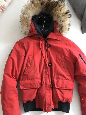 Rote Snowmass Bomber Winterjacke XS