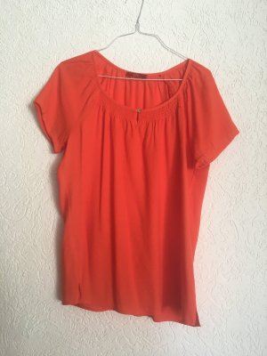 Rote Sommerbluse