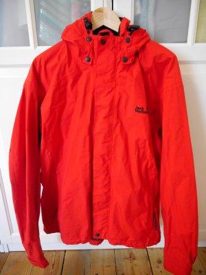 rote, sportliche, leichte Jack Wolfskin Jacke