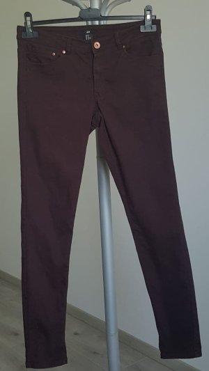H&M Pantalón elástico burdeos