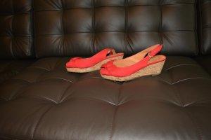 rote Textilwedges mit leichtem Plateau Gr. 38 * WIE NEU*