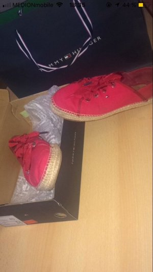 Rote Tommy Hilfiger Schuhe