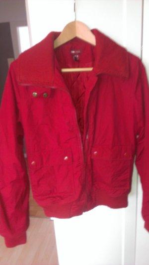 Rote Übergangsjacke von H&M