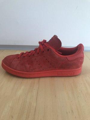 Rote Velours Adidas Stan Smith