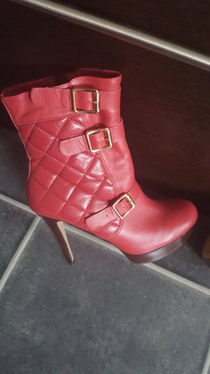 Rote Via Uno High Heels