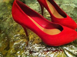 rote Wildleder Pumps von ALDO