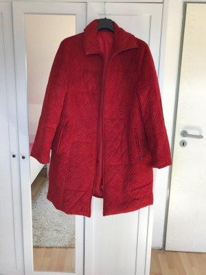 Rote Winterjacke, Größe 44