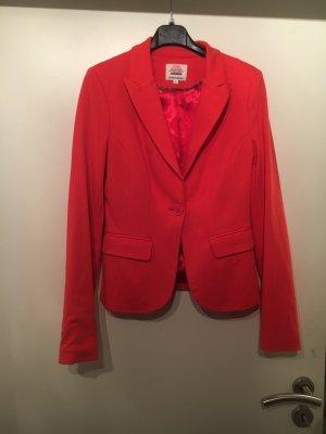 Roter Blazer nie getragen zu verkaufen !