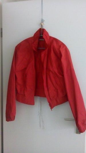 Roter Blouson von Lezard