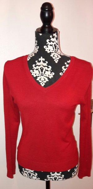 Roter, klassischer Pullover!