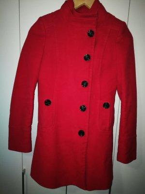 Roter Kurzmantel / Trench Coat