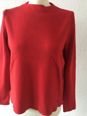 Roter Pullover brax