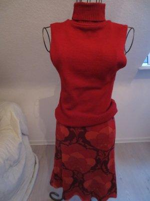 roter Rock von Mexx Gr. 36 /S mit rotem Shirt