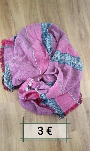 roter Schal von TCM