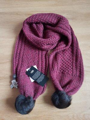 roter Schal von UGG