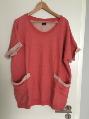 Roter T-Shirtpullover