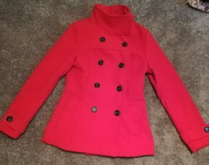 Roter Trenchcoat von H&M