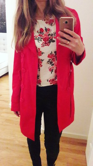 Roter Trenchcoat von Orsay