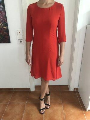Rotes A-Linien Kleid