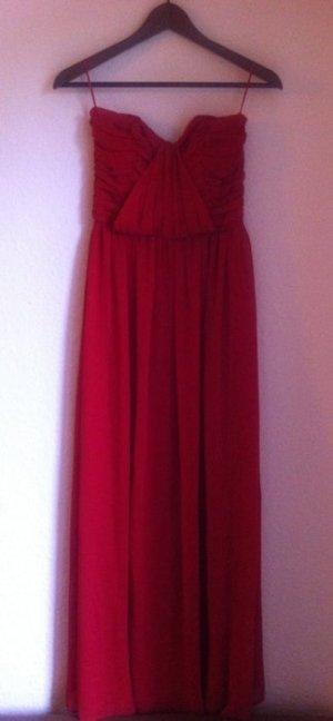 rotes Abendkleid mit Herzausschnitt von Asos