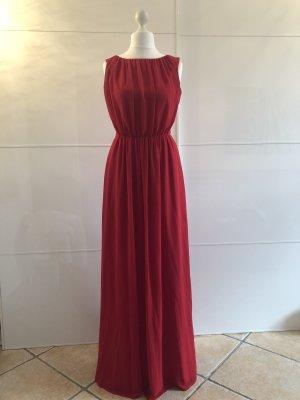 Rotes Abendkleid von Barbara Schwarzer