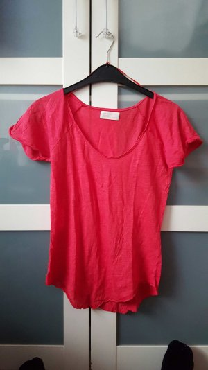 rotes asymetrisches T-Shirt