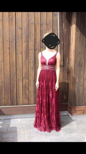 Rotes Ball/Abendkleid mit Spitze