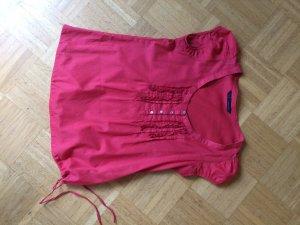 Rotes Blusenshirt mit Raffungen