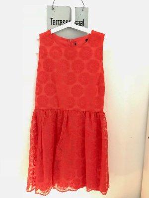 Rotes Chiffon Kleid