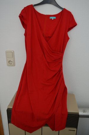 Rotes Cocktailkleid