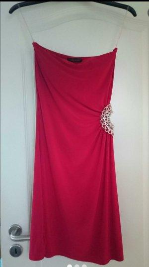 rotes elegantes schultetfeies Abendkleid