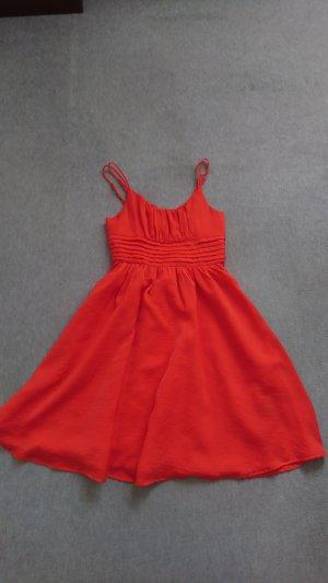 Rotes H&M Kleid