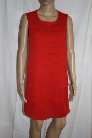 rotes Kleid im Lagenlook von Zara