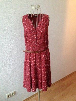 Rotes Kleid mit Blümchenmuster von Zero