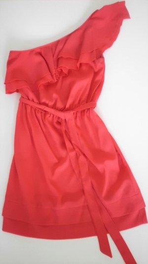 Rotes Kleid mit One-Shoulder-Träger und Rüschenbesatz