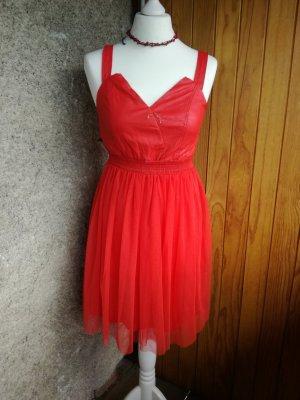 Rotes Kleid mit Tüll Gr. 36/38