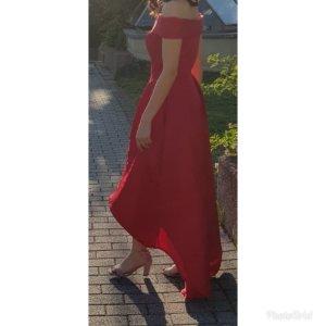 Rotes Kleid von Chi Chi London