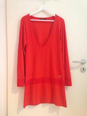 Rotes Kleid von Gsus