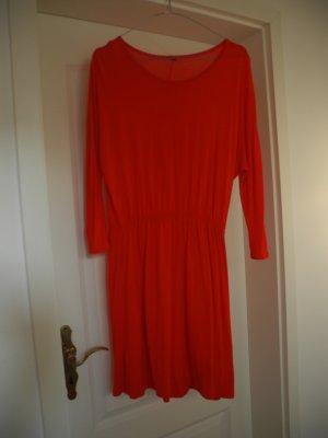 Rotes Kleid von H & M