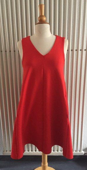 Rotes Kleid von H&M Trend