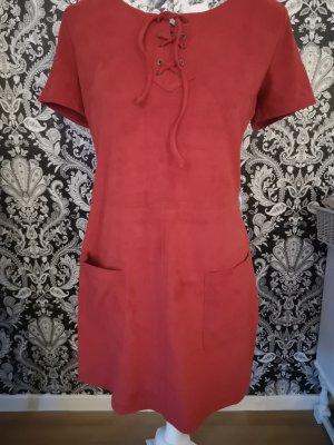 Rotes Kleid von HOLLISTER
