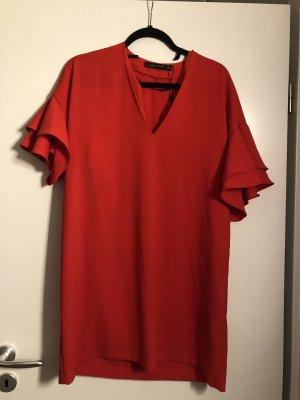 Rotes Kleidchen