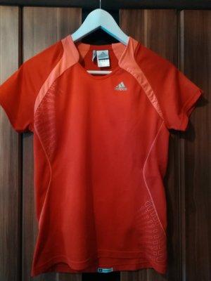 Rotes Laufshirt von Adidas