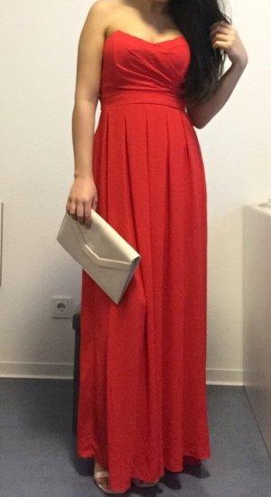 Rotes Maxikleid Abendkleid mit Clutch in nude