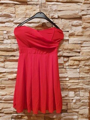 rotes Mini-Kleid für Ball oder Party